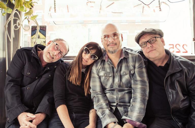 ¡Estamos emocionados, Pixies regresa a México este año!