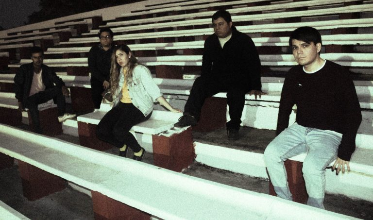 """Lasitud presenta """"Fantasma"""": mexicanos melancólicos"""