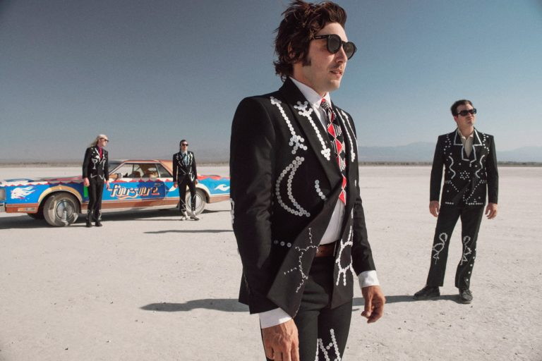 ¡The Growlers regresa a México al Plaza Condesa!