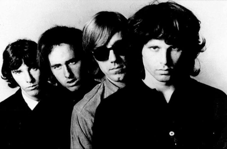 Miembros de The Doors y Nirvana se reunirán para dar concierto benéfico